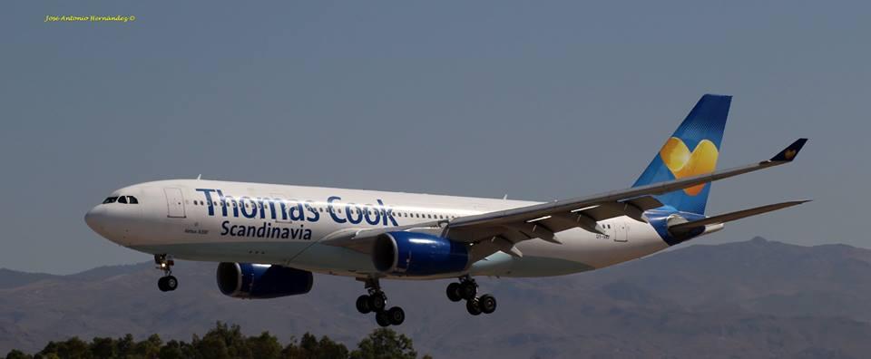Fotografía de José Antonio Hernández - @Almeria_Aerea A330-200 de 321 asientos aterrizando en Almería